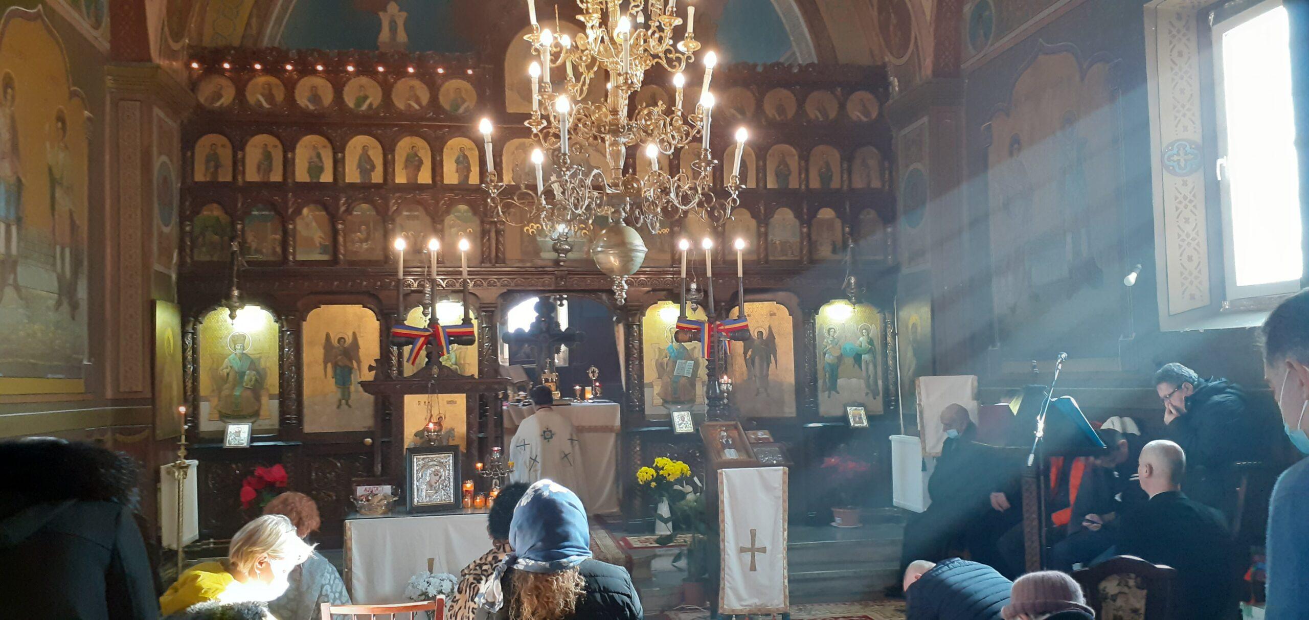 Biserica Sfintilor Arh. Mihail si Gavriil din Dascalu